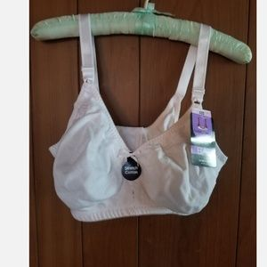 NWT Bali double support stretch wirefree 40D white